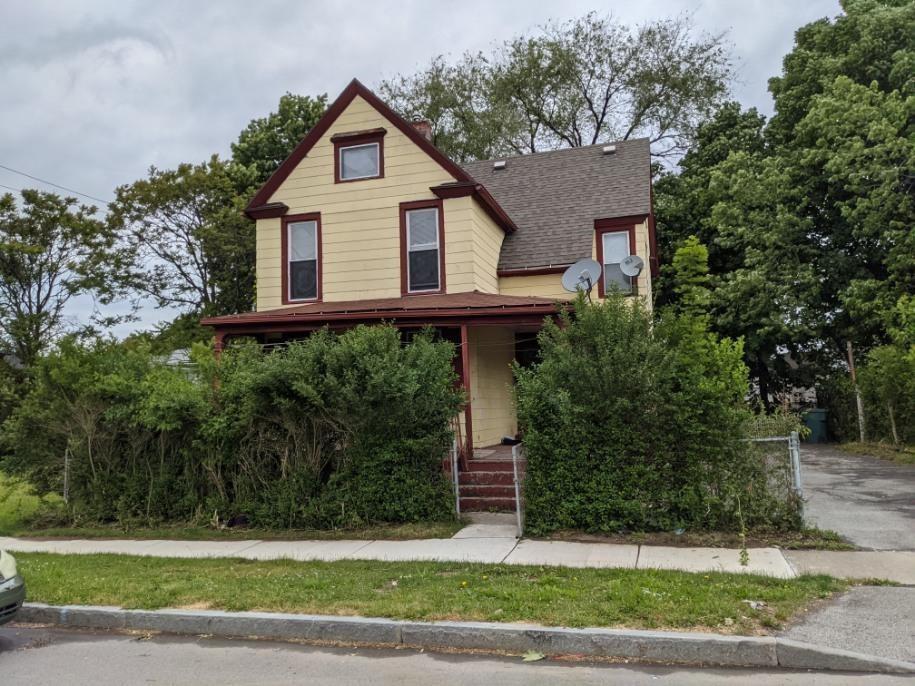 62 Saratoga Ave, Rochester, NY 14608