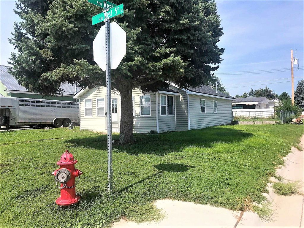1401 W 5th St, Ogallala, NE 69153