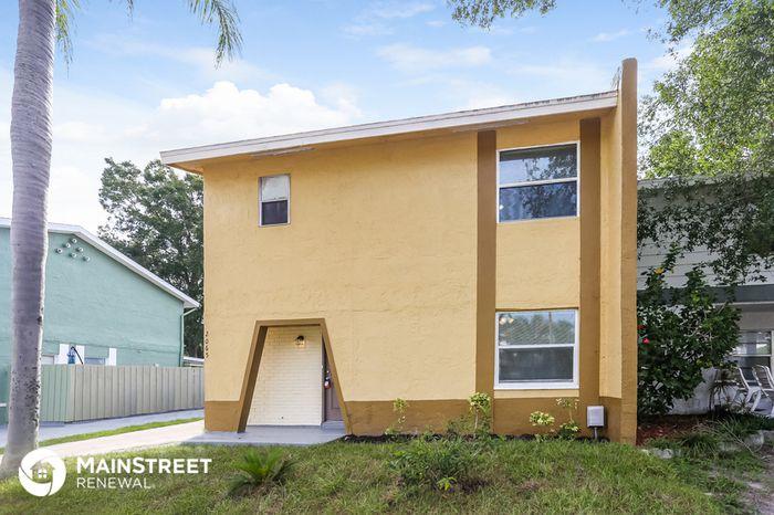 2065 Loma Linda Way N, Clearwater, FL 33763