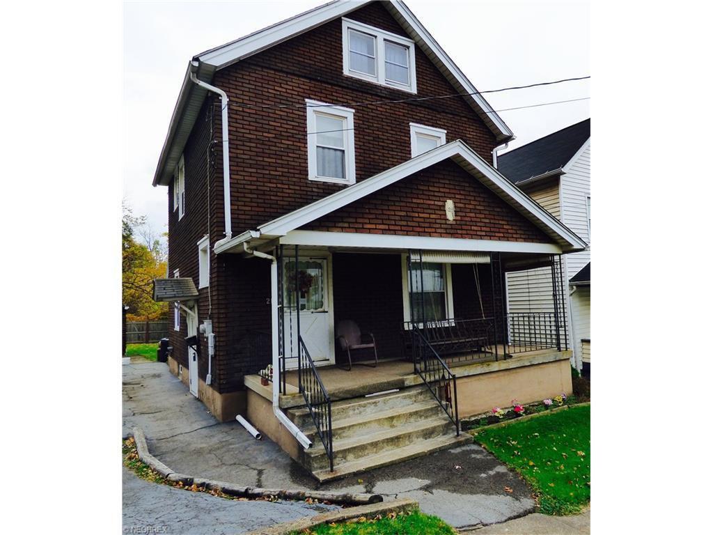 21 Amhurst Ave, Girard, OH 44420