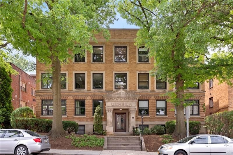 724 S Negley Ave #1, Pittsburgh, PA 15232