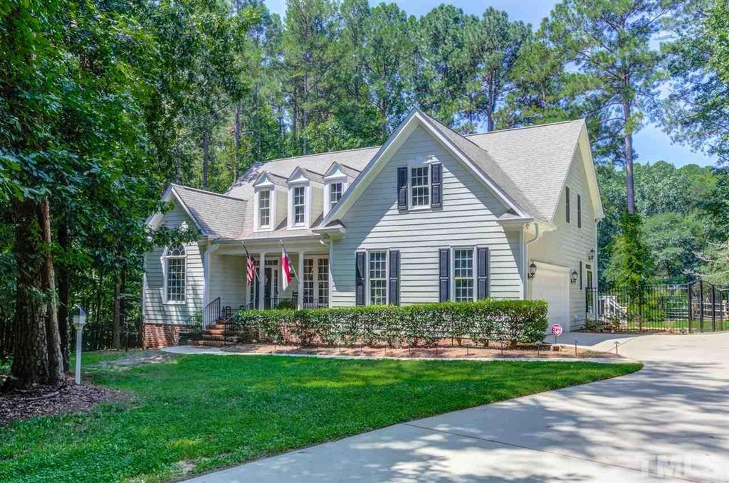 5748 Olde South Rd, Raleigh, NC 27606