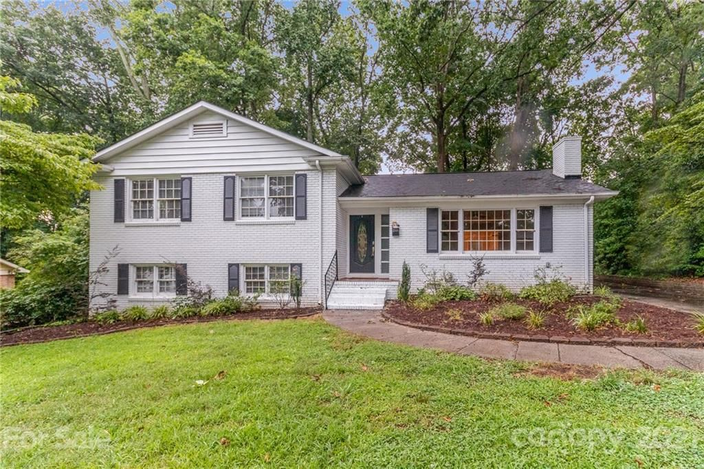 2118 Archdale Dr, Charlotte, NC 28210