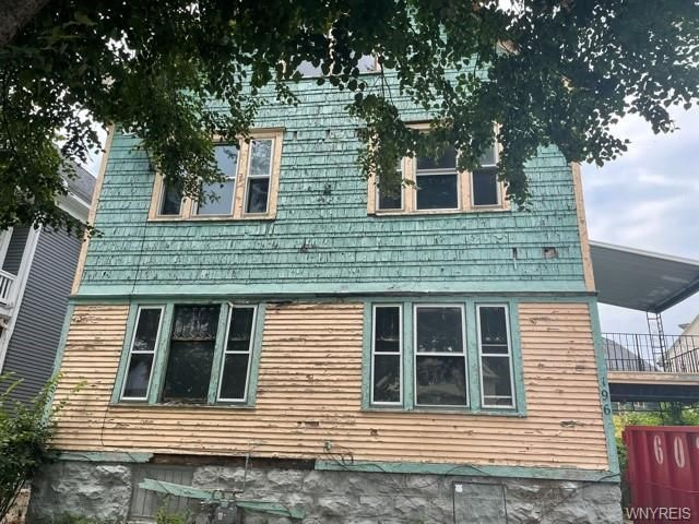 196 Hughes Ave, Buffalo, NY 14208