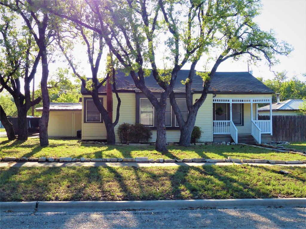 1801 S Pine St, Brady, TX 76825
