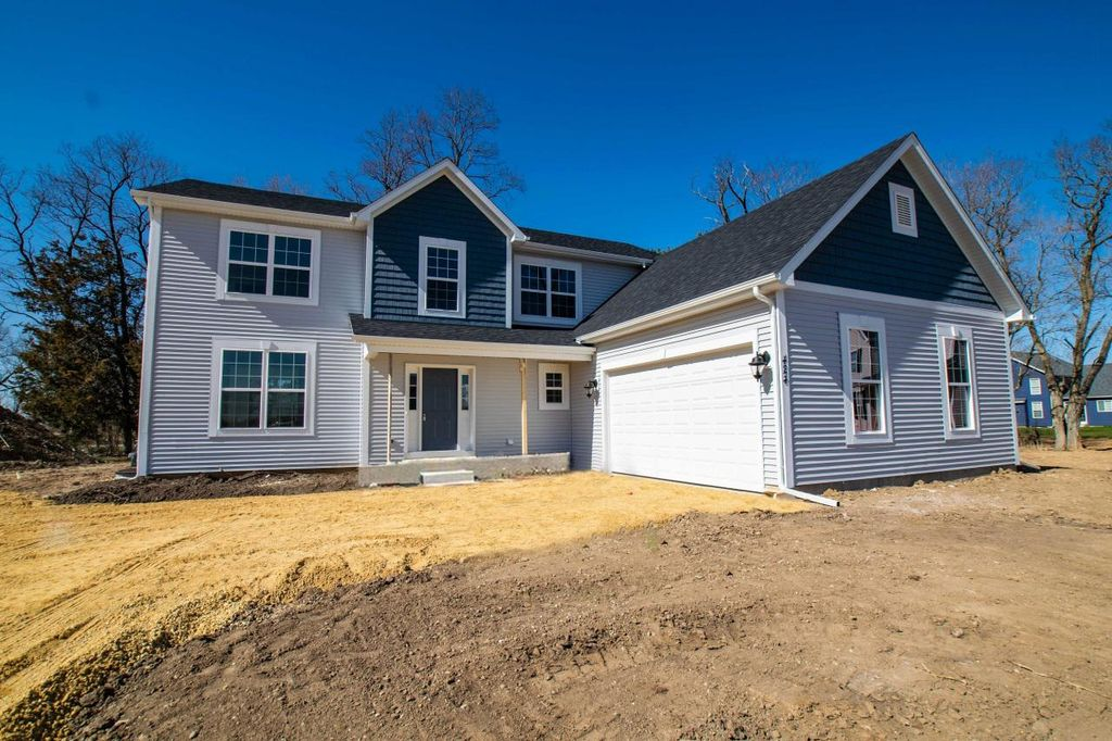 420 Chesterfield Ct #21, Williams Bay, WI 53191