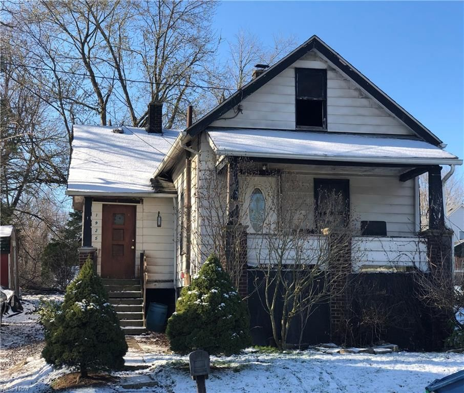 1925 Cherry Hill Ave, Youngstown, OH 44509