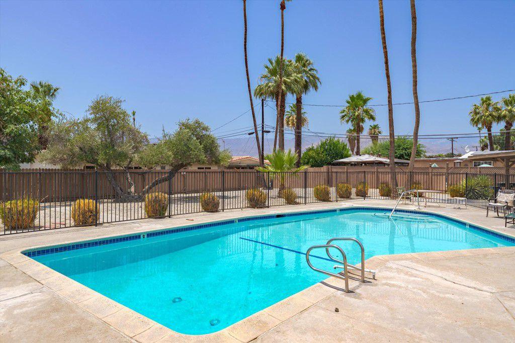 74807 Leslie Ave, Palm Desert, CA 92260