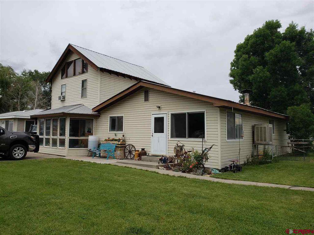 1128 Montana St, Nucla, CO 81424