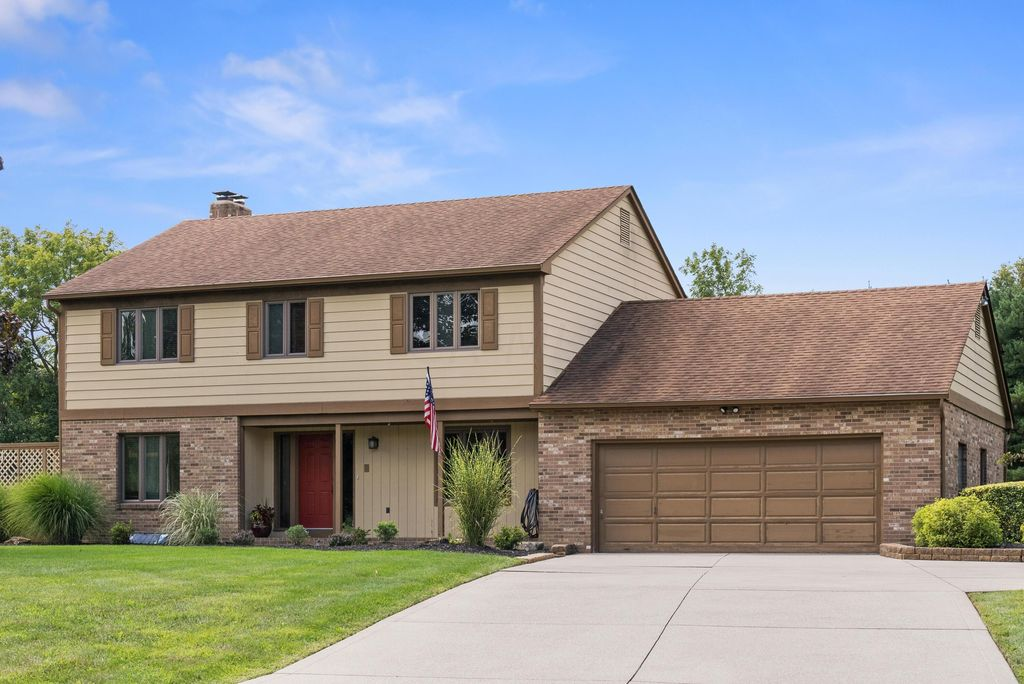 5137 Bayhill Dr, Powell, OH 43065