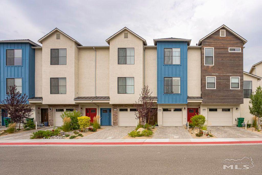 4945 Ciarra Kennedy Ln, Reno, NV 89503