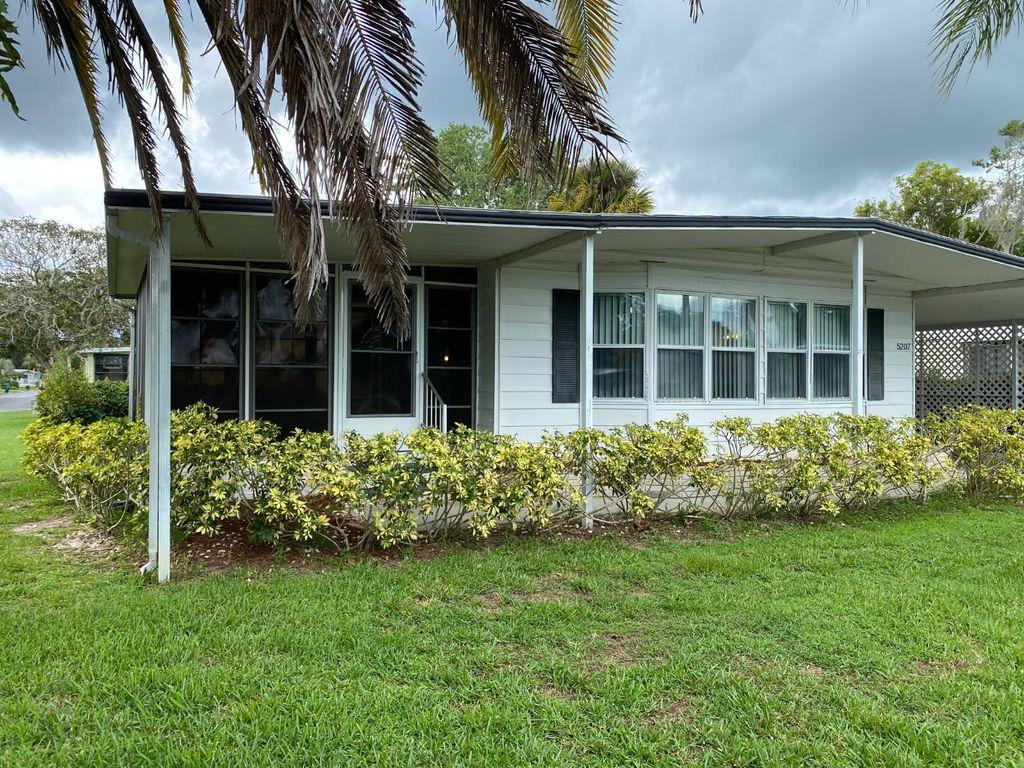 5207 Blair Pl, Sarasota, FL 34233