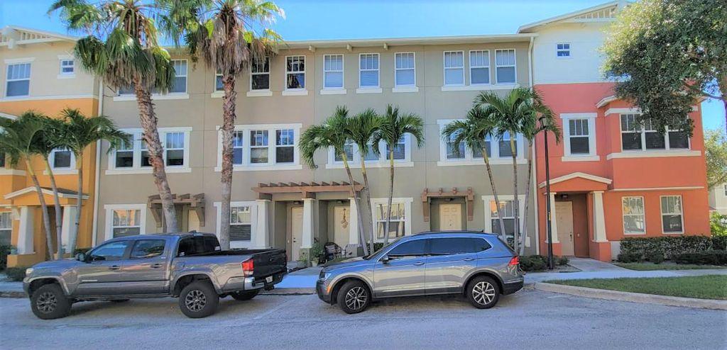 870 Marina Del Ray Ln #3, West Palm Beach, FL 33401