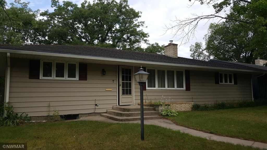 1311 Minnesota Ave NW, Bemidji, MN 56601