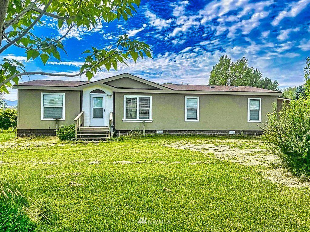 119 Old Riverside Hwy, Omak, WA 98841