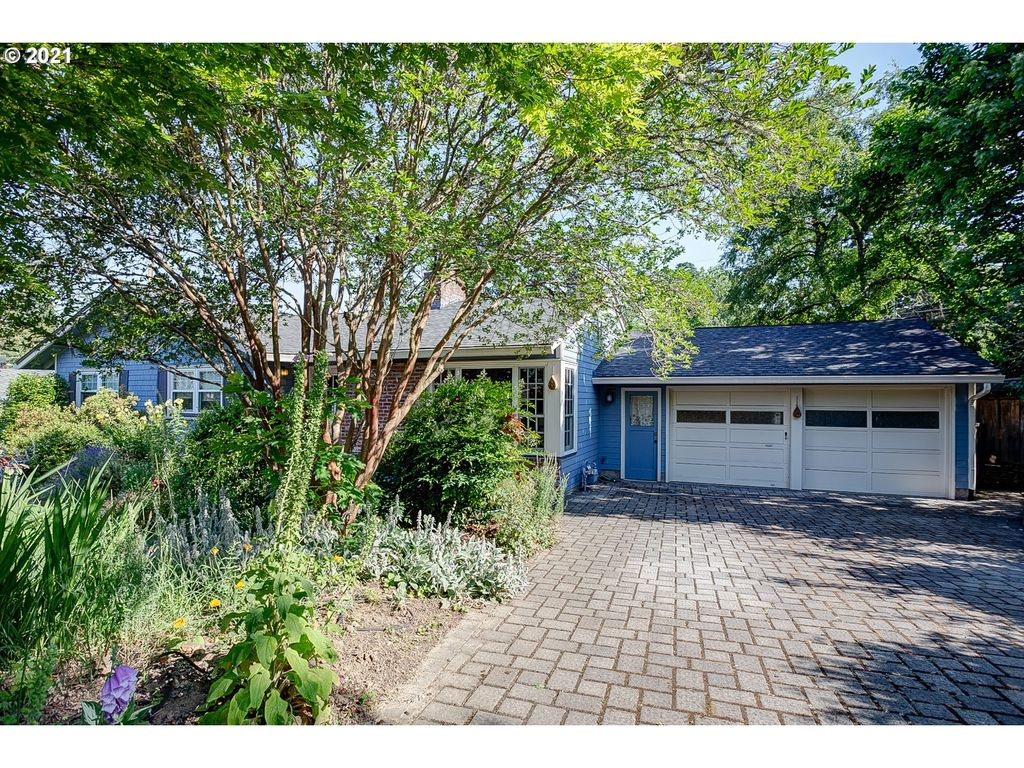 6775 SW Dover St, Portland, OR 97225