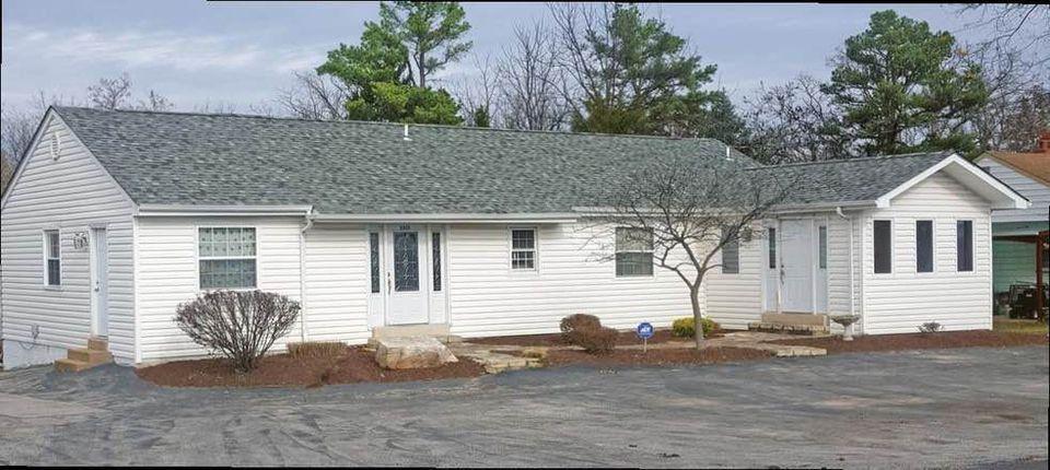 5613 Park Rd, High Ridge, MO 63049