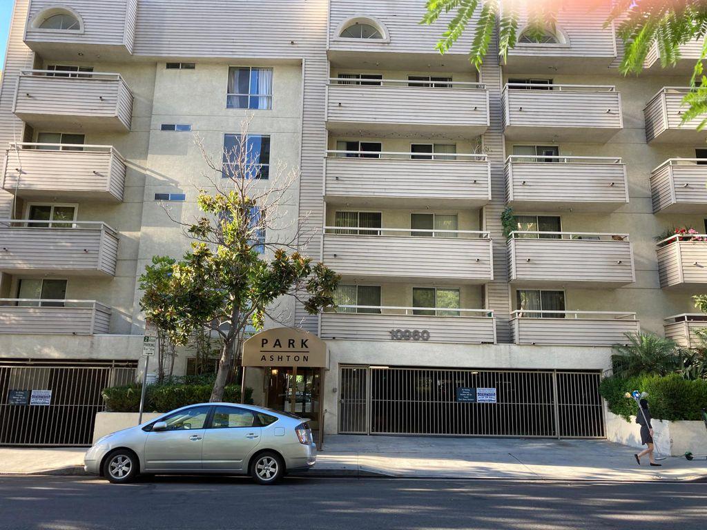 10960 Ashton Ave #309, Los Angeles, CA 90024