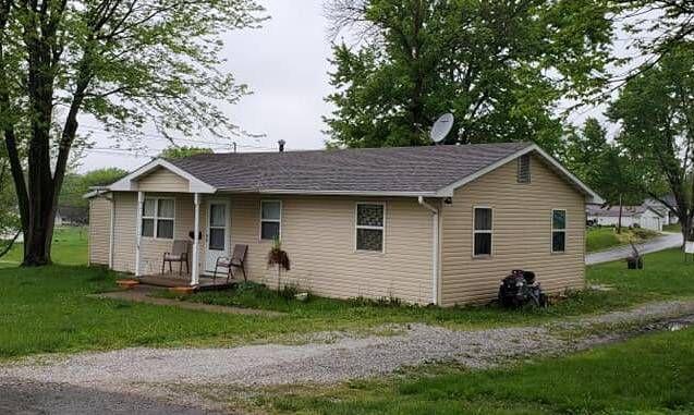 504 Orchard St, Memphis, MO 63555
