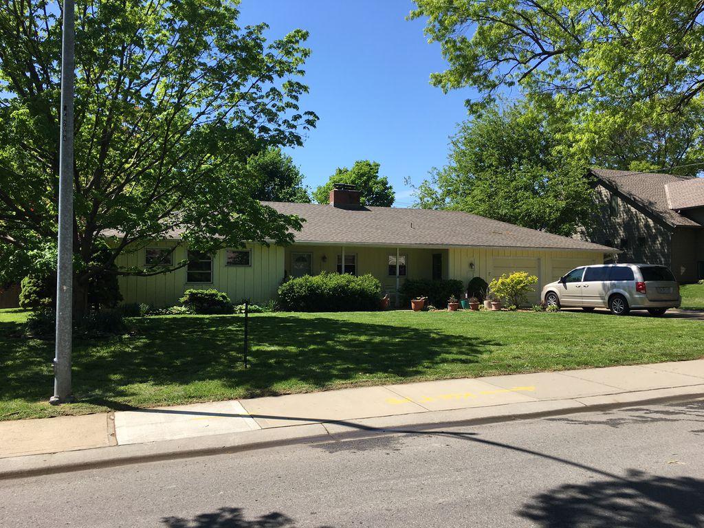 3901 W 66th St, Prairie Village, KS 66208