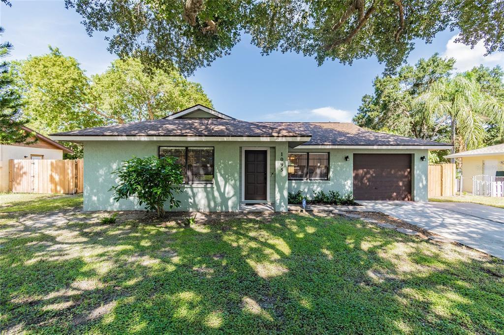 1095 Deer Hollow Blvd, Sarasota, FL 34232