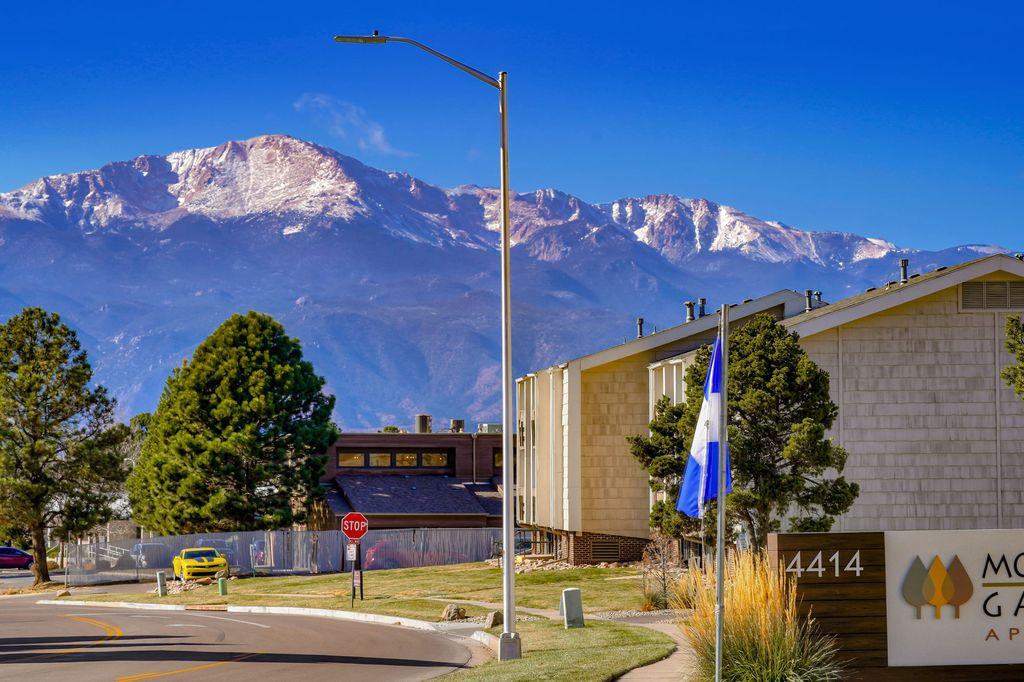4414 Montebello Dr, Colorado Springs, CO 80918