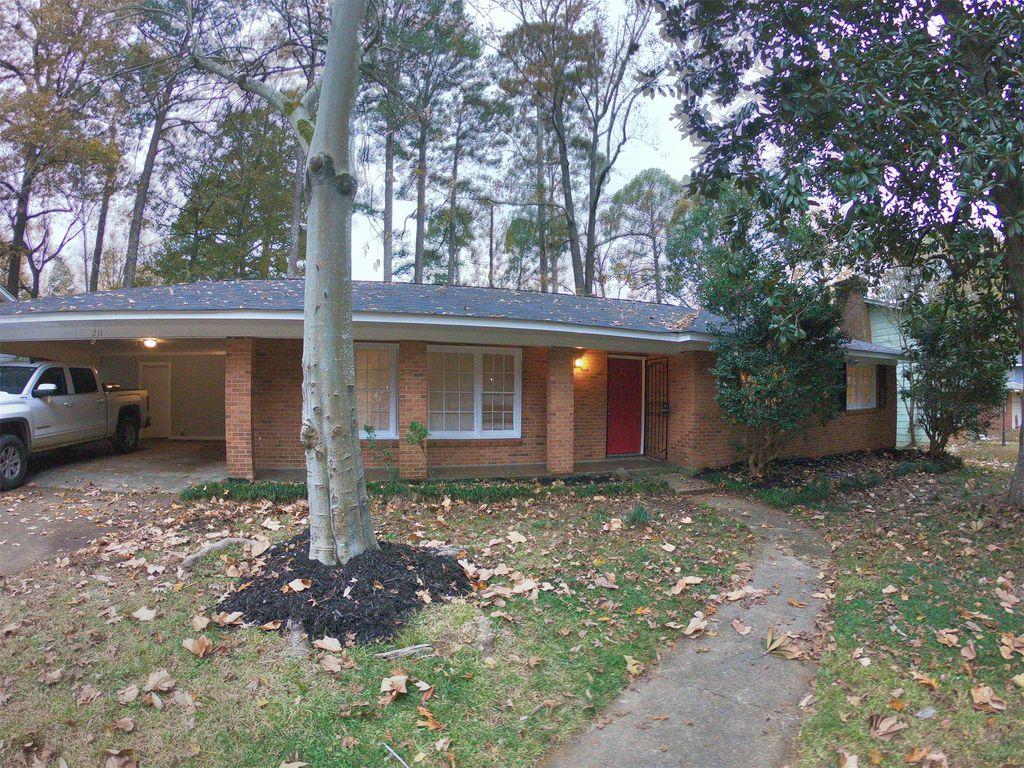 211 Dona Ave, Jackson, MS 39212