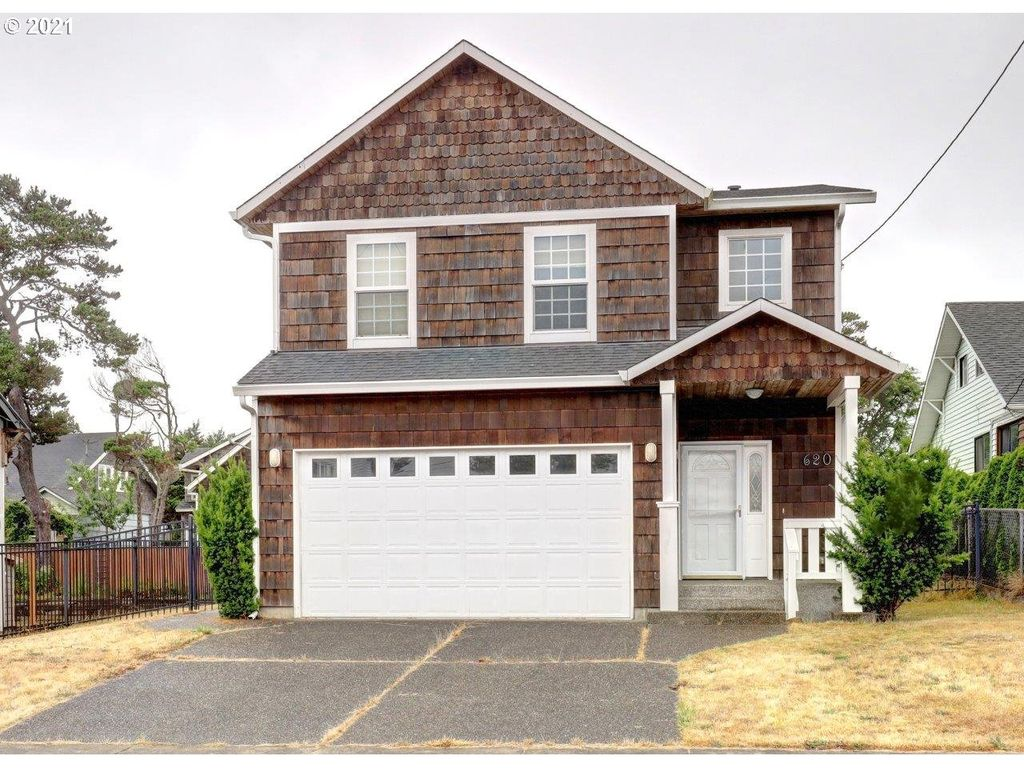 620 S Downing St, Seaside, OR 97138
