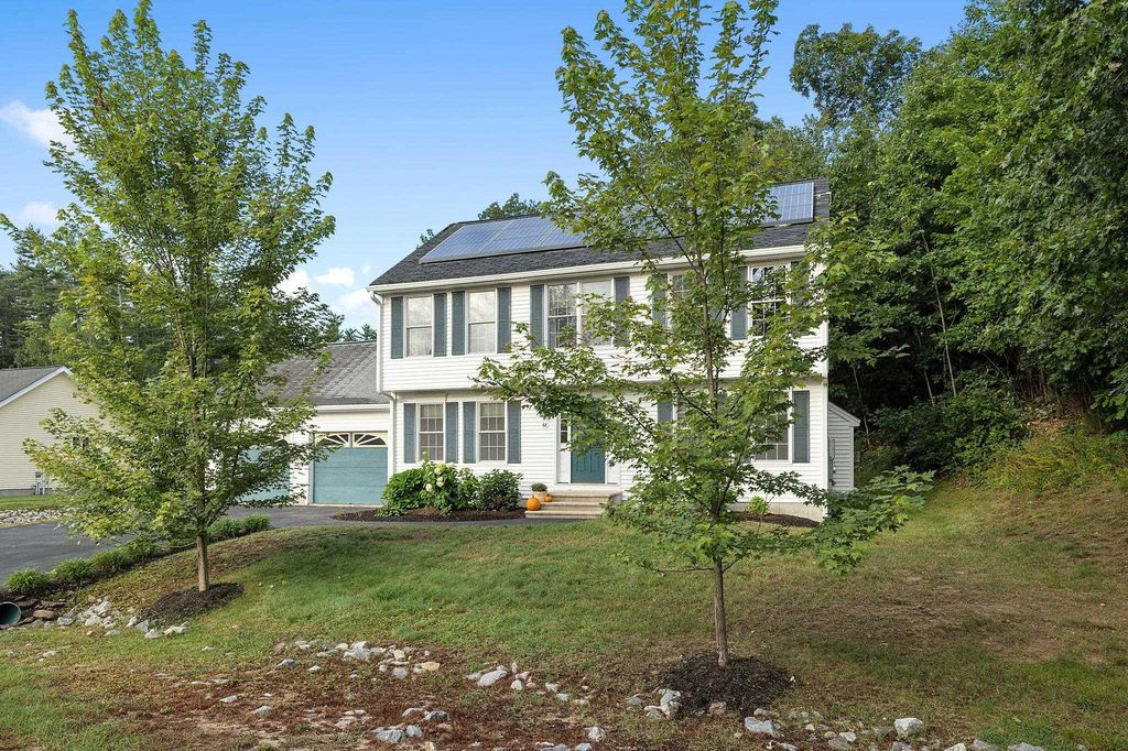 68 Plymouth Dr, Concord, NH 03301