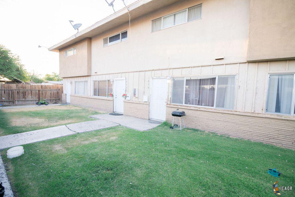 1858 S 4th St, El Centro, CA 92243