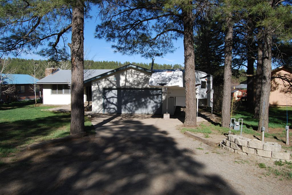15 Carefree Pl, Pagosa Springs, CO 81147