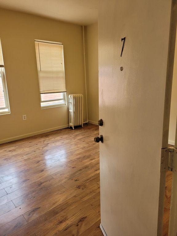 101 Camden St #7, Newark, NJ 07103