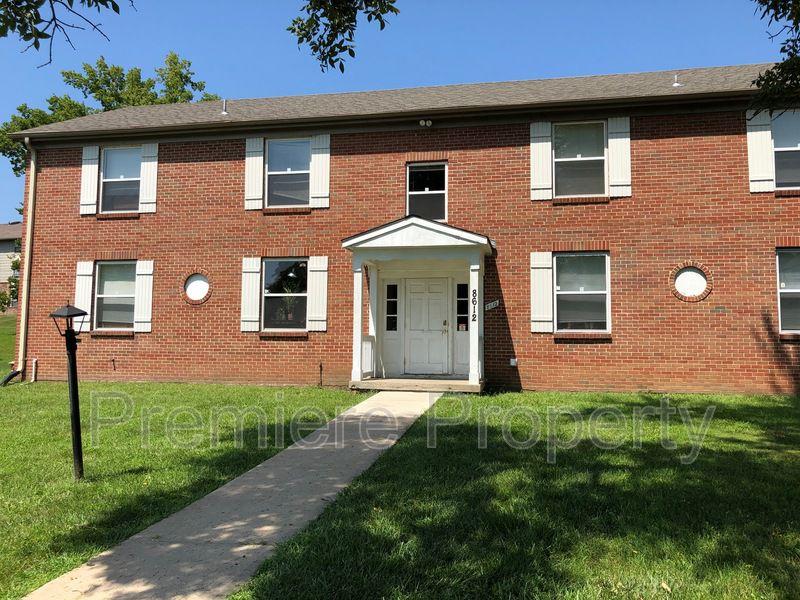8612 Countryshire Ln #3, Kansas City, MO 64138