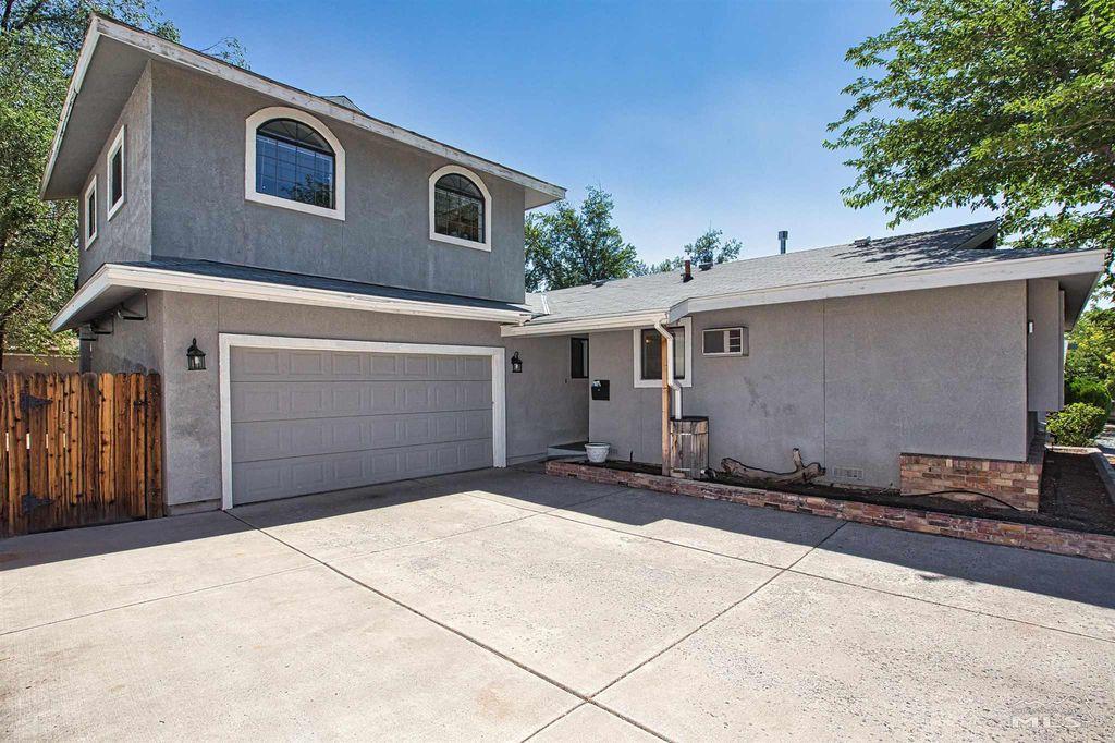 3240 Heights Dr, Reno, NV 89503