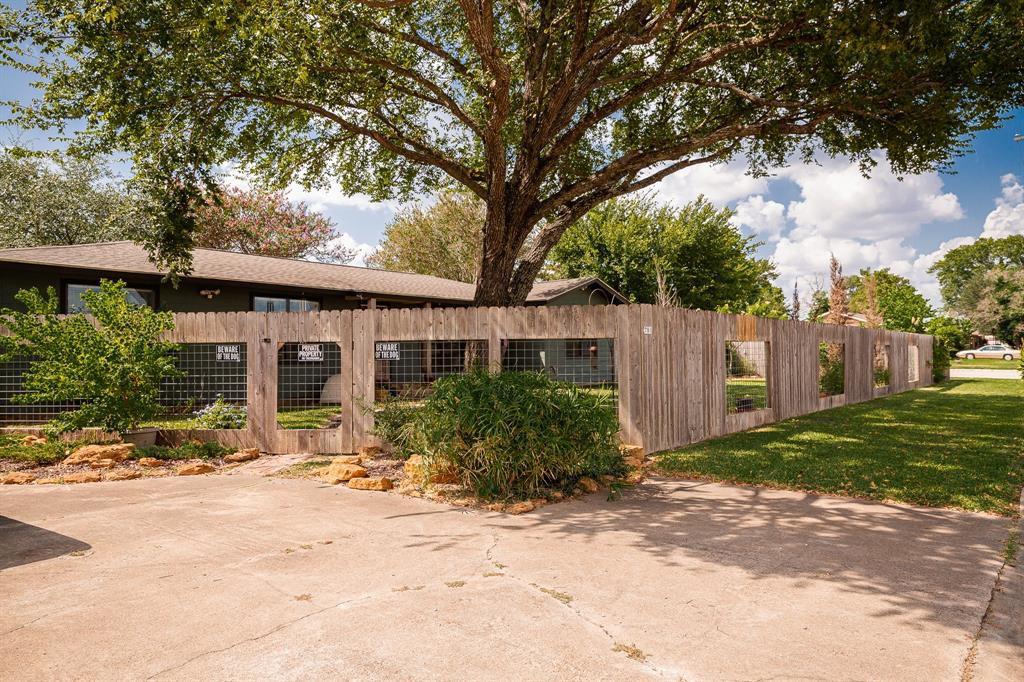 781 N Harris St, Giddings, TX 78942