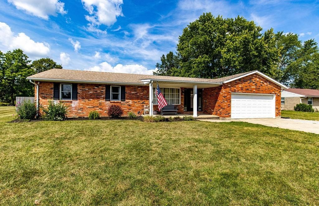 8396 May Ave, Middletown, OH 45042