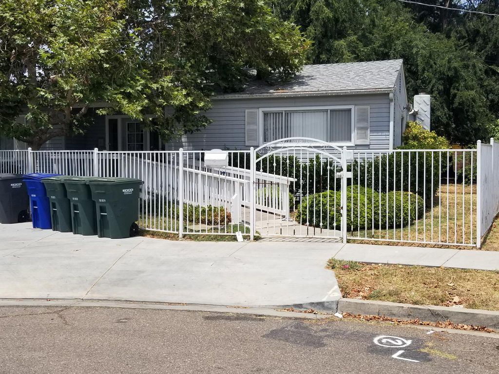 386 Sandy St, El Cajon, CA 92020