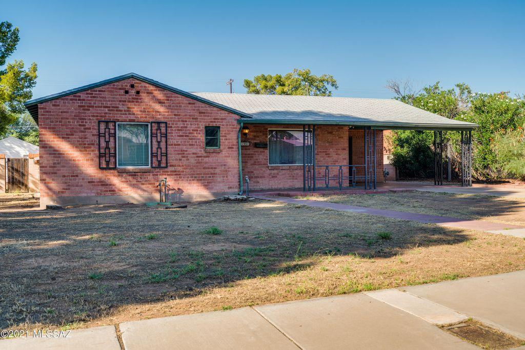 1331 E Seneca St, Tucson, AZ 85719
