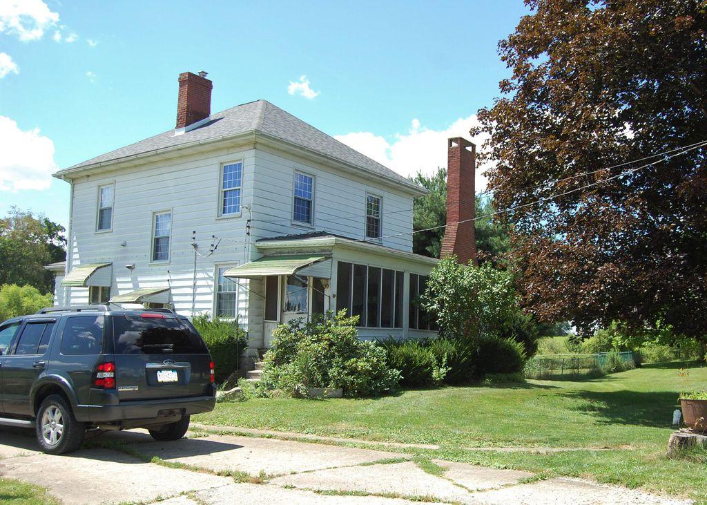 1644 Glen Rd, New Castle, PA 16105