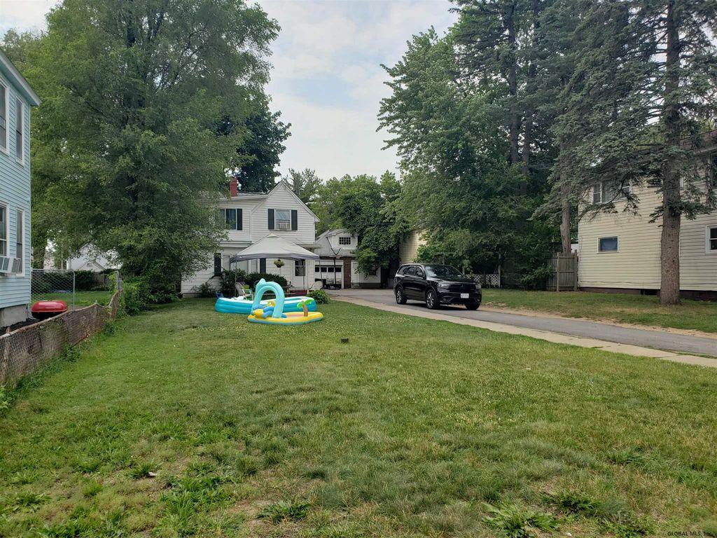 108 Edward St, Schenectady, NY 12304