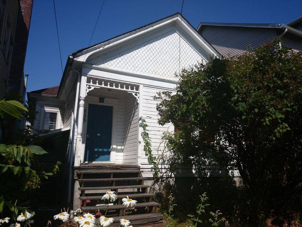 603 21st Ave, Seattle, WA 98122