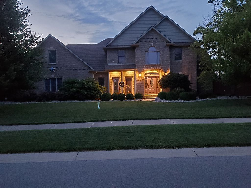 13821 N Layton Mills Ct, Camby, IN 46113