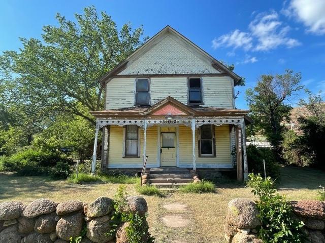 302 W Mountain Ave, Granite, OK 73547