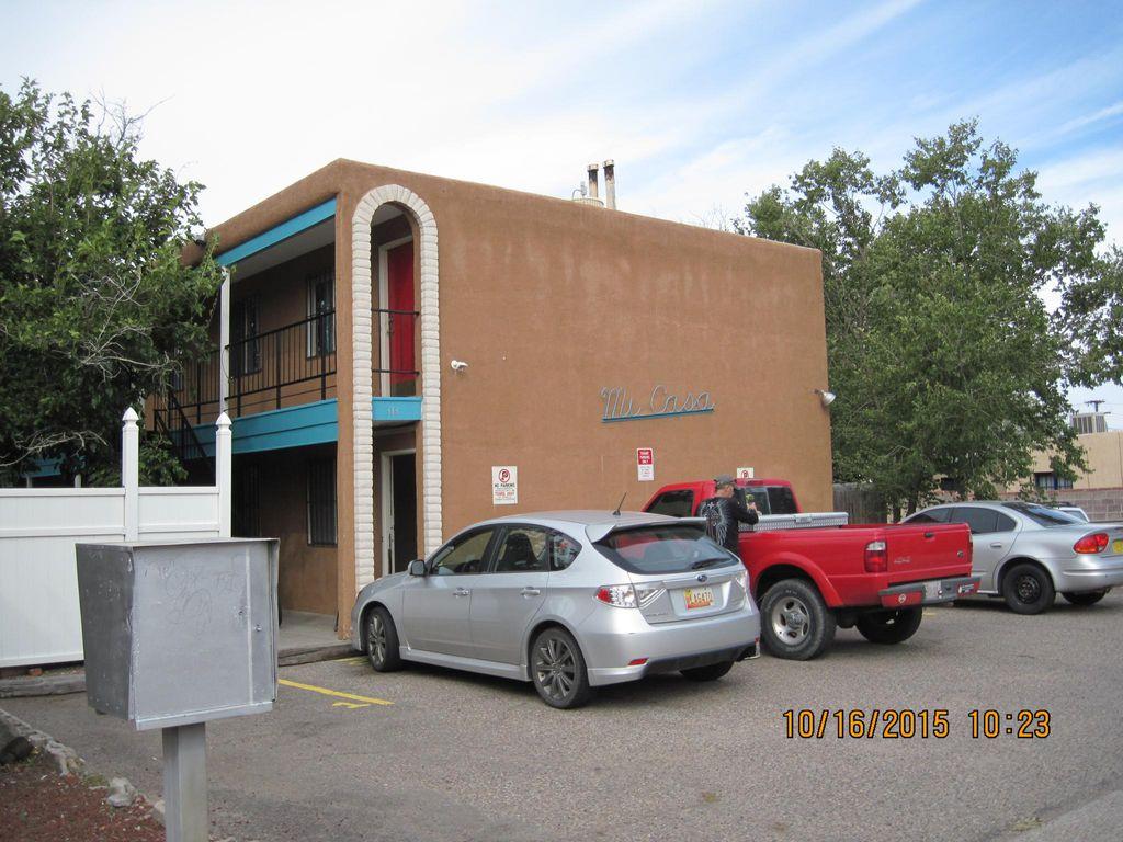 313 Girard Blvd SE, Albuquerque, NM 87106