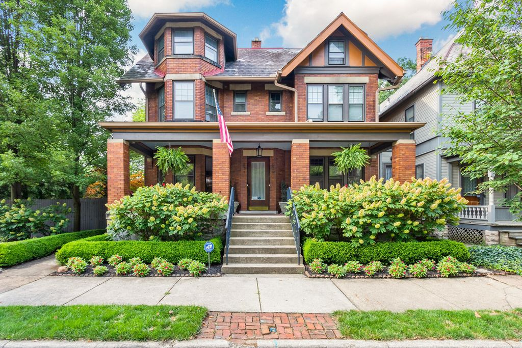 829-831 Franklin Ave, Columbus, OH 43205
