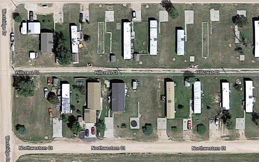 310 W 32nd St #99, Ogallala, NE 69153