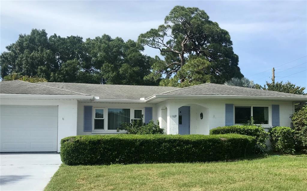 1169 Carmella Cir, Sarasota, FL 34243