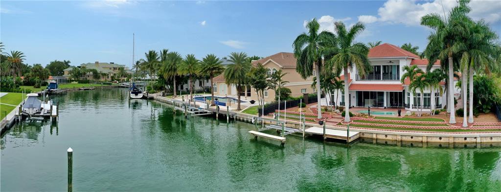 367 W Royal Flamingo Dr, Sarasota, FL 34236