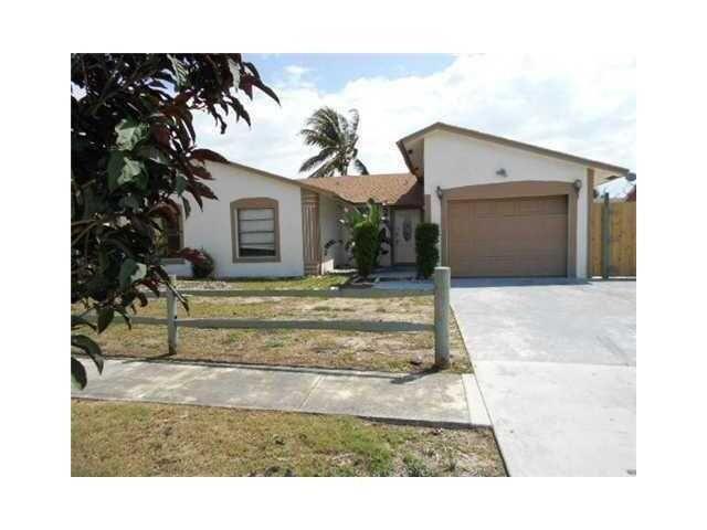 1208 Baratta Pl, Lake Worth, FL 33462
