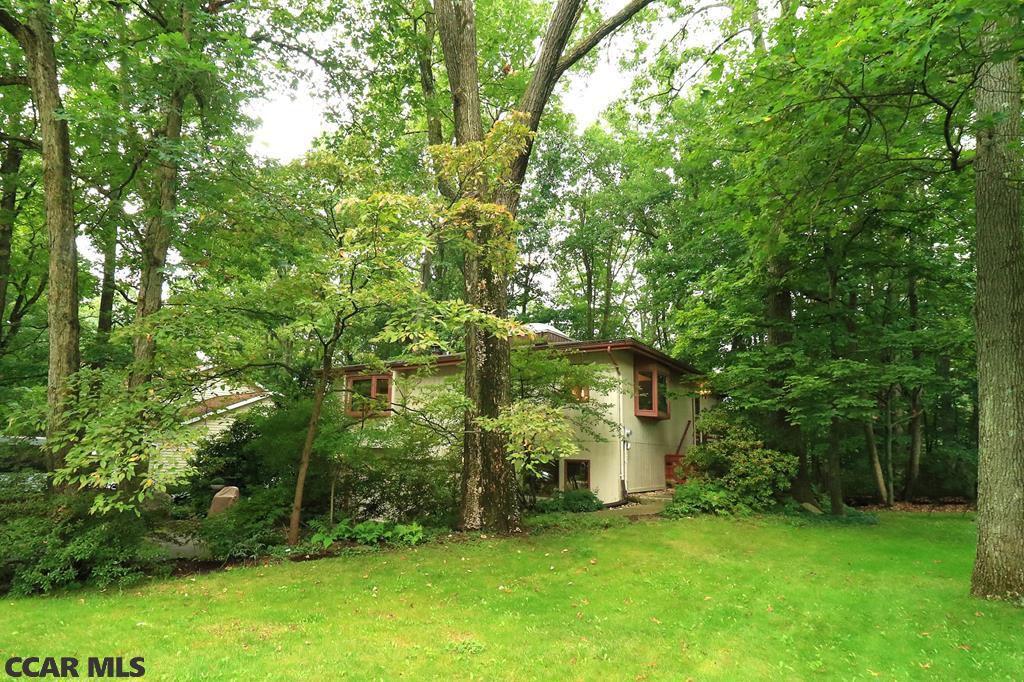 112 Cherry Ridge Rd, State College, PA 16803